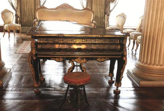 pianos-Istanbul